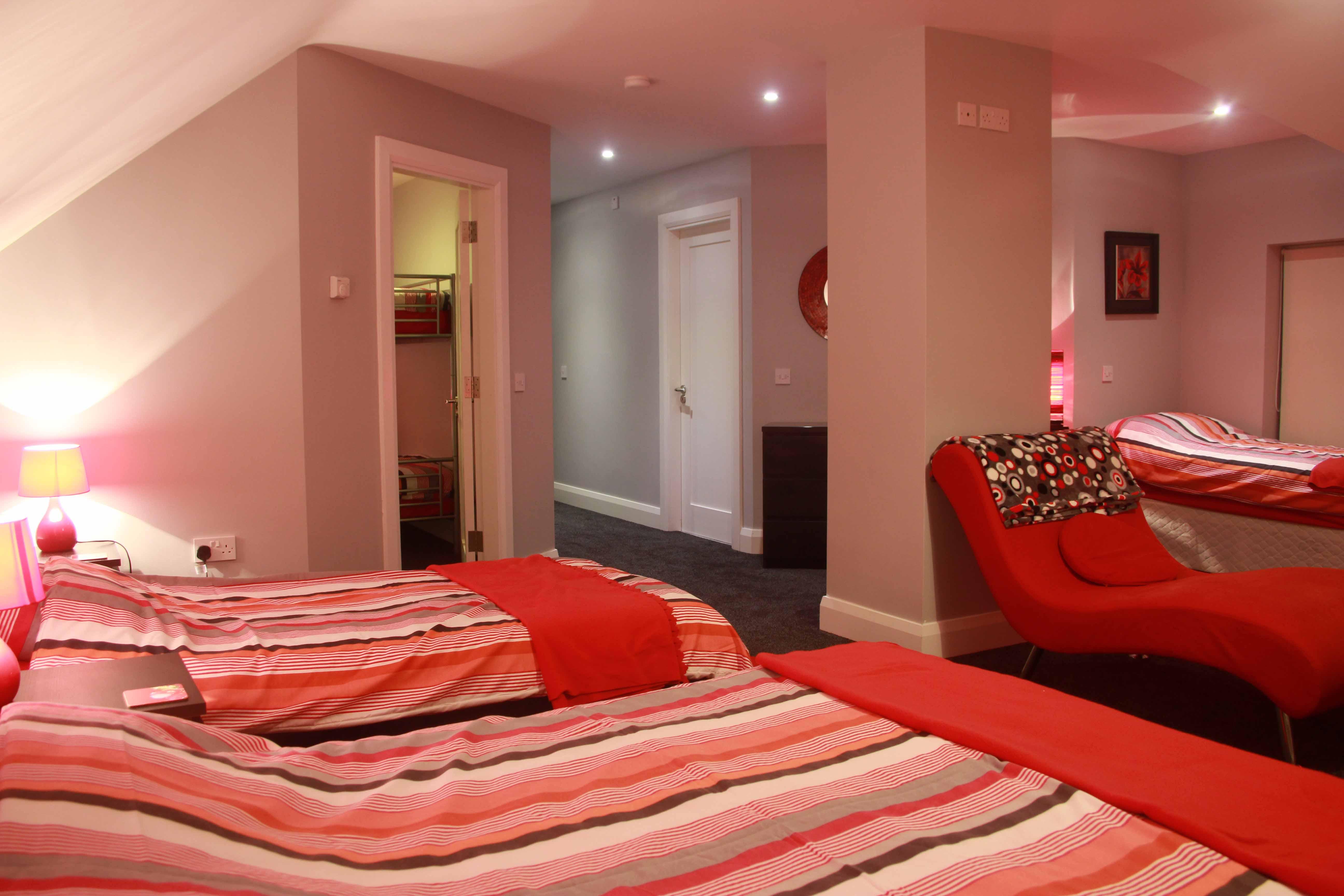 The Red Room – Family Room | Sanibel B&B